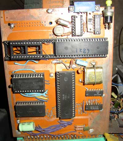 CPU is Motorola's MC6802 .